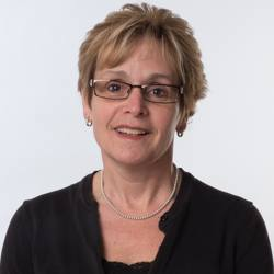 Sandra  Lothian